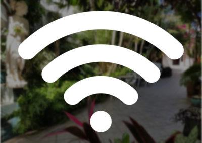 accès INTERNET WIFI GRATUIT 24H/24 Haut Débit